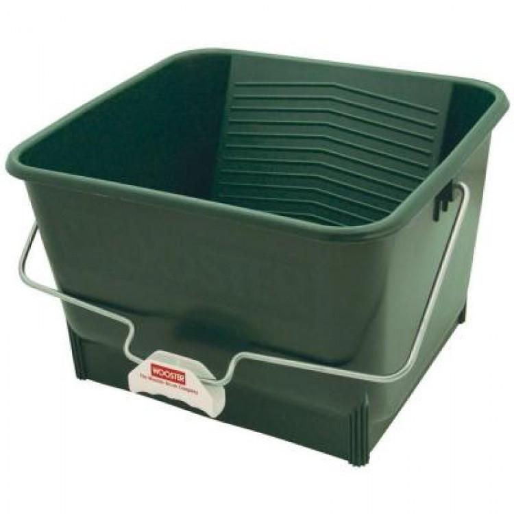 Wooster 4-Gallon Bucket